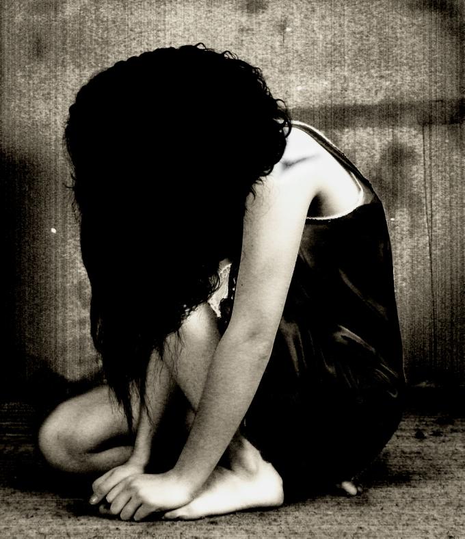 broken_heart_crying_by_vinoo-5